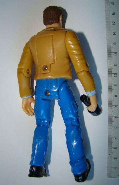figurine du méchant dans le film E.T