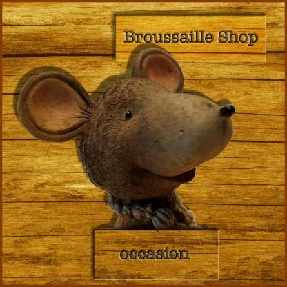 Figurine de souris.